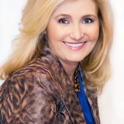 Tommi Wolfe, Founder and CEO of Top-6 Business Coach