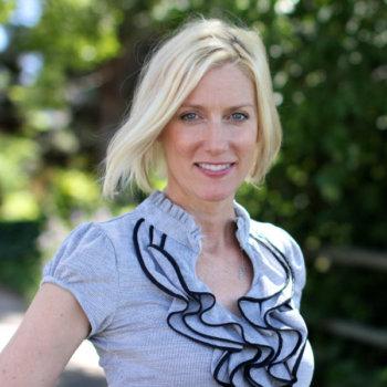 Mia Voss, Travel & Lifestyle Blogger, Brand Ambassador, Speaker, and Entrepreneur
