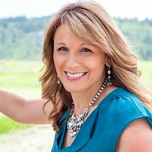 Angela Maiers - World-renowned author, Entrepreneur, International Keynote Speaker, and Educator focused on on two words: You Matter.