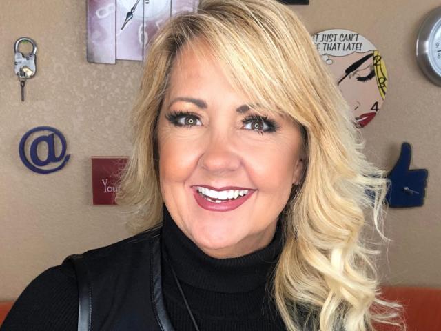 Gina Headshot April 2019